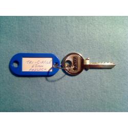 Tri-circle 6 pin padlock bump key